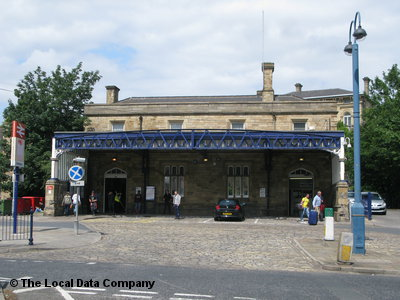 dewsbury railway station local data search. Black Bedroom Furniture Sets. Home Design Ideas