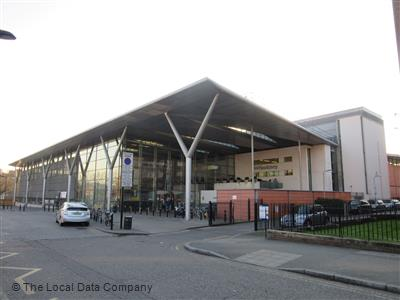 Clissold leisure centre local data search for Highbury swimming pool timetable