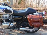 111bo_2_pocket_on_face_med_brown_on_kawasaki_w650