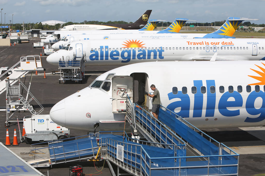 mechanical tamp thousands of people flew allegiant thinking their planes wouldnt