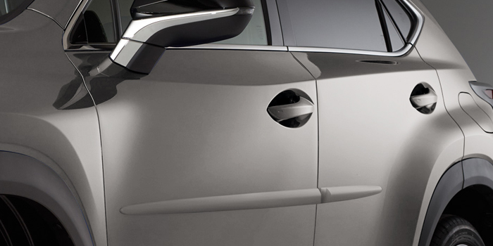 2017 Lexus NX Body Side Moulding