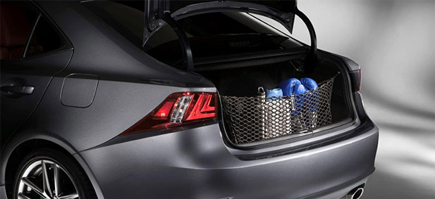 2017 Lexus IS Cargo Net