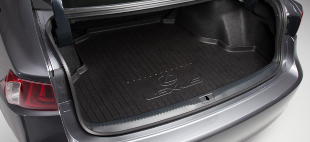 2017 Lexus IS Cargo Liner