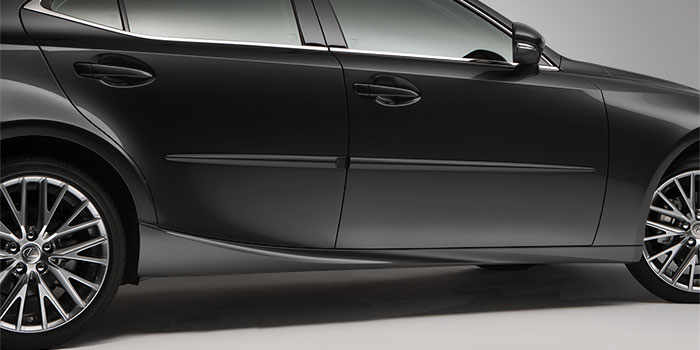 2017 Lexus IS Body Side Moulding