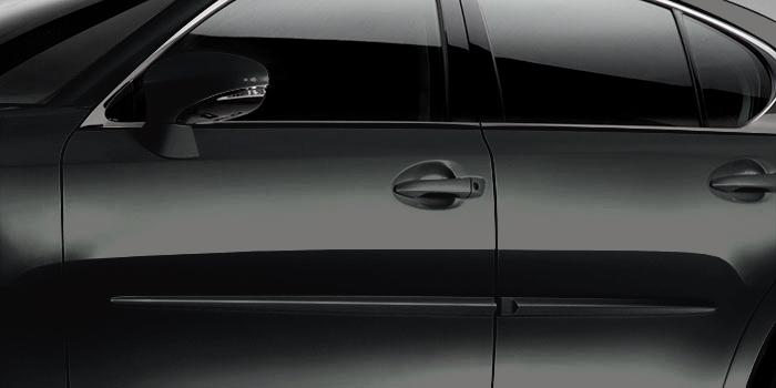 Lexus GS F 2018 Moulures protectrices latérales