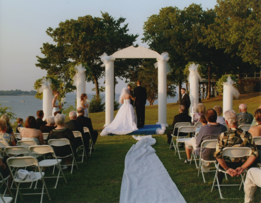Lake texoma wedding venues a popular choice among north for Texas beach wedding packages