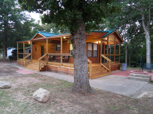 Lake texoma cabin rentals bing images for Lake cabin rentals near dallas