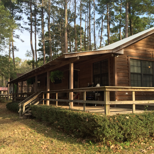 Cabin in the woods on the lake toledo bend lake vacation for Texas cabins in the woods