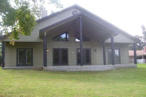 Resort Waterfront - Cedar Creek Lake Waterfront Home for Sale