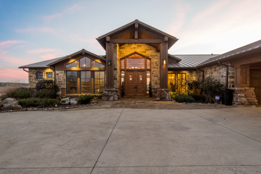Waterfront Living Perfected - Cedar Creek Lake Waterfront ...