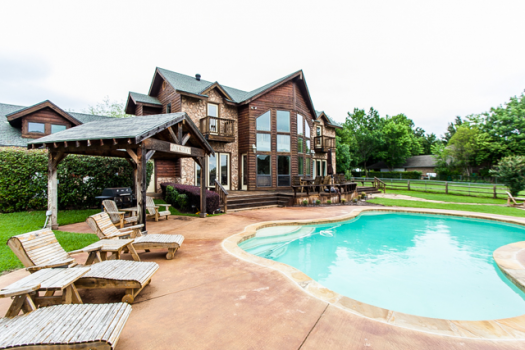 Beautiful Estate on Cedar Creek Lake - Cedar Creek Lake ...