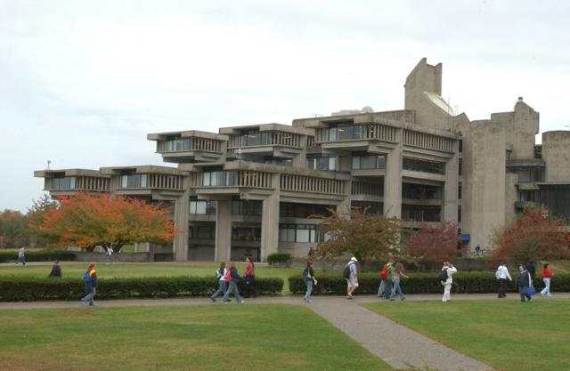 Claire T. Carney Library, UMass Dartmouth