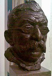 Bust of Hirschfeld from Schwules Museum, Berlin (CC BY 3.0)