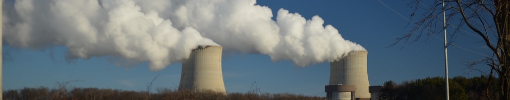 Nuclear cooling towers and steam escaping