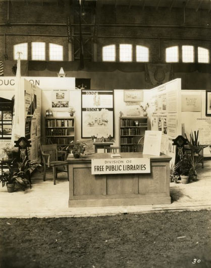 Division of Public Libraries booth at Massachusetts Tercentenary Exposition of Governmental Activities