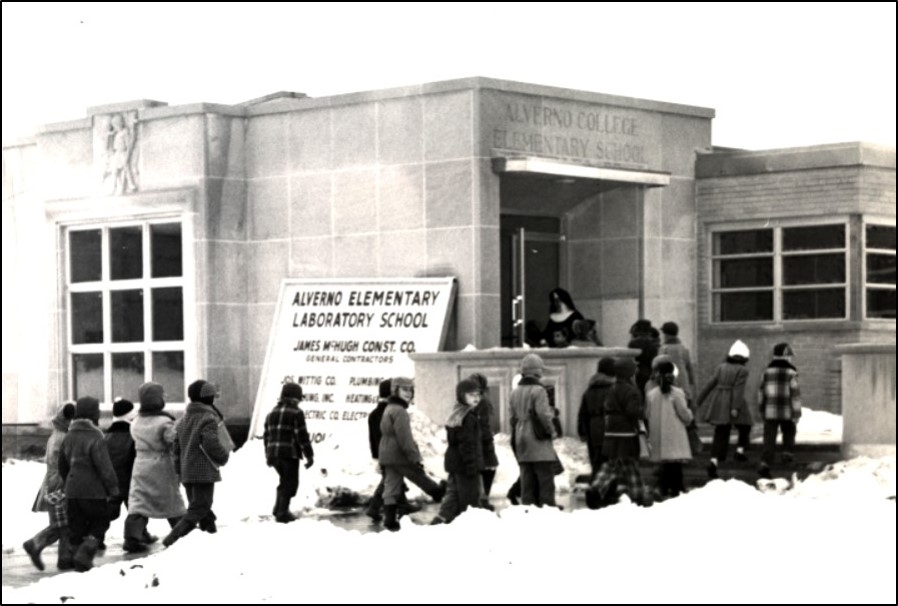 Alverno Elementary School, now Elizabeth Hall in January 1954