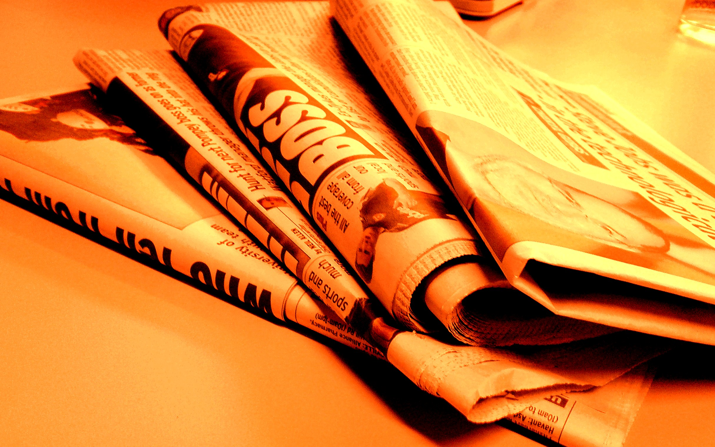 Feaace O Newspaper Styles Broadsheet