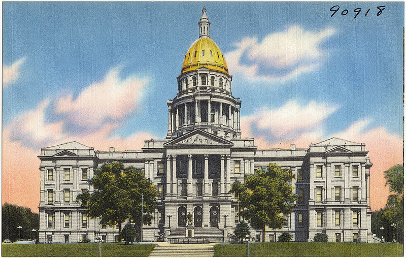 Picture of Colorado State Capitol building