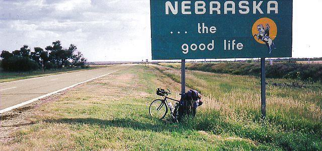 "picture of the Nebraska state sign ""the good life"""