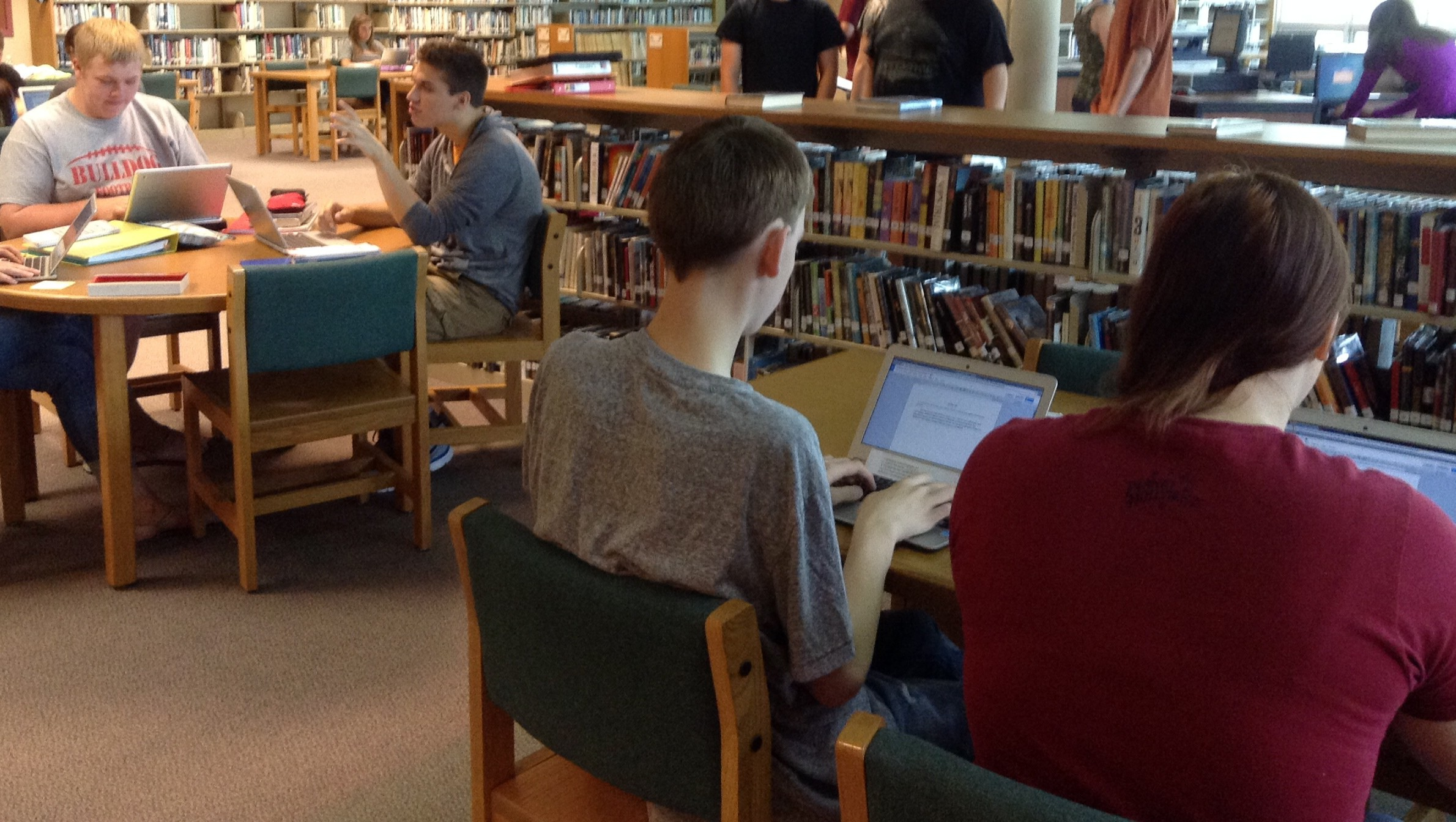 NLHS students using Chromebooks in Library