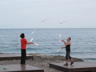 Jugglers, by Lisa Risager