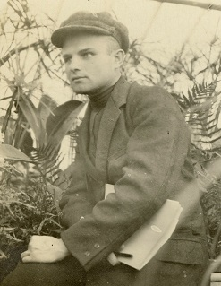 Young Milislav Demerec as a biologist at the Pasteur Institute, France