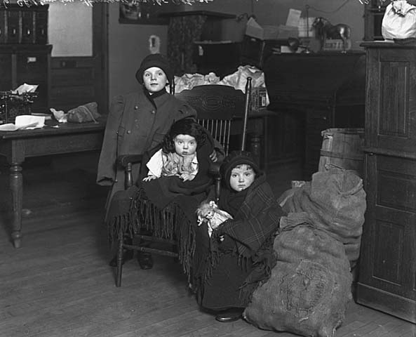 Children in Humane Society office, 1914.