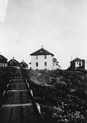 Tramway and buildings, Split Rock Lighthouse (1925)