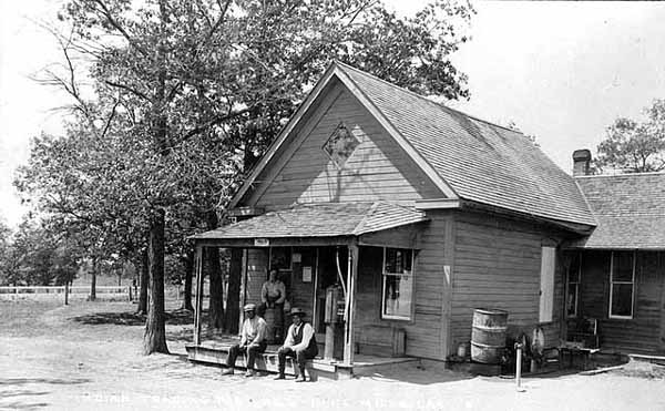 Mille Lacs Trading Post, c. 1920