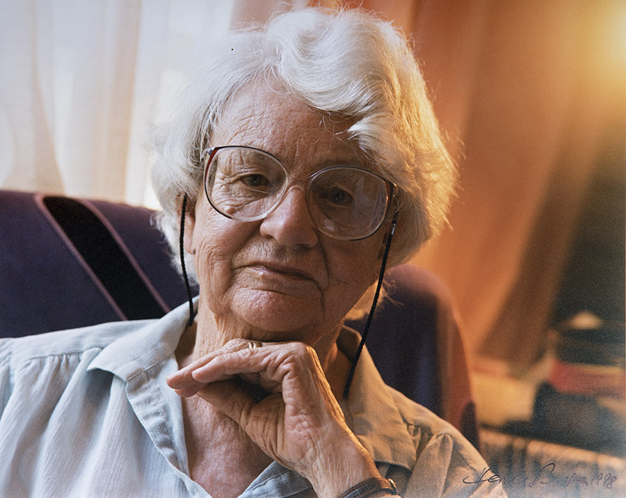 australian identity in the poetry of judith wright Overview - this simple, talking heads interview is most informative and a delight  to watch it is a must-see for students of judith wright's work and fellow poets.