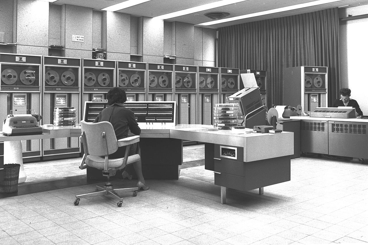 Electronic Computer at Wezmann Institute 1964