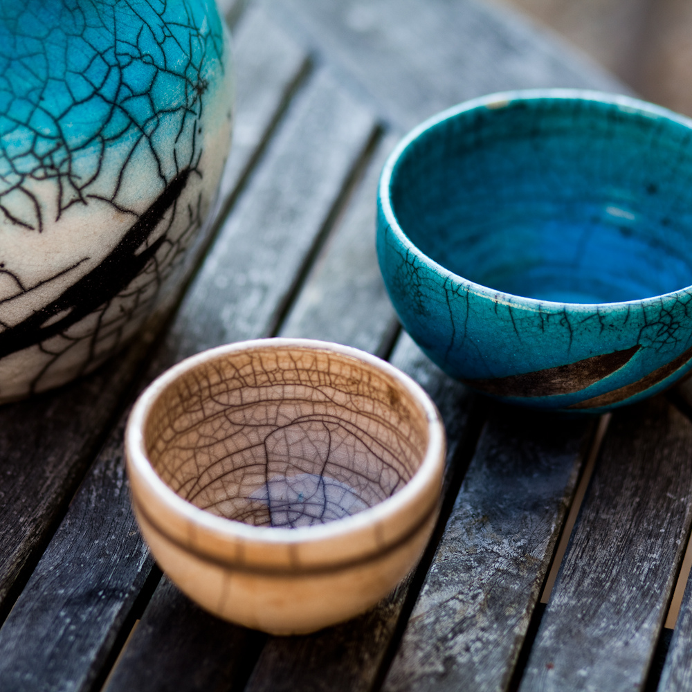 Image of two ceramic bowls