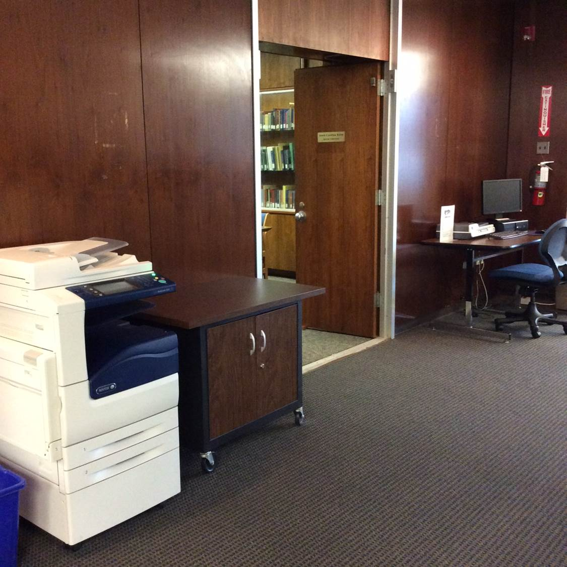 Photo of copier and scanner located near the South Carolina Room on the Main Level
