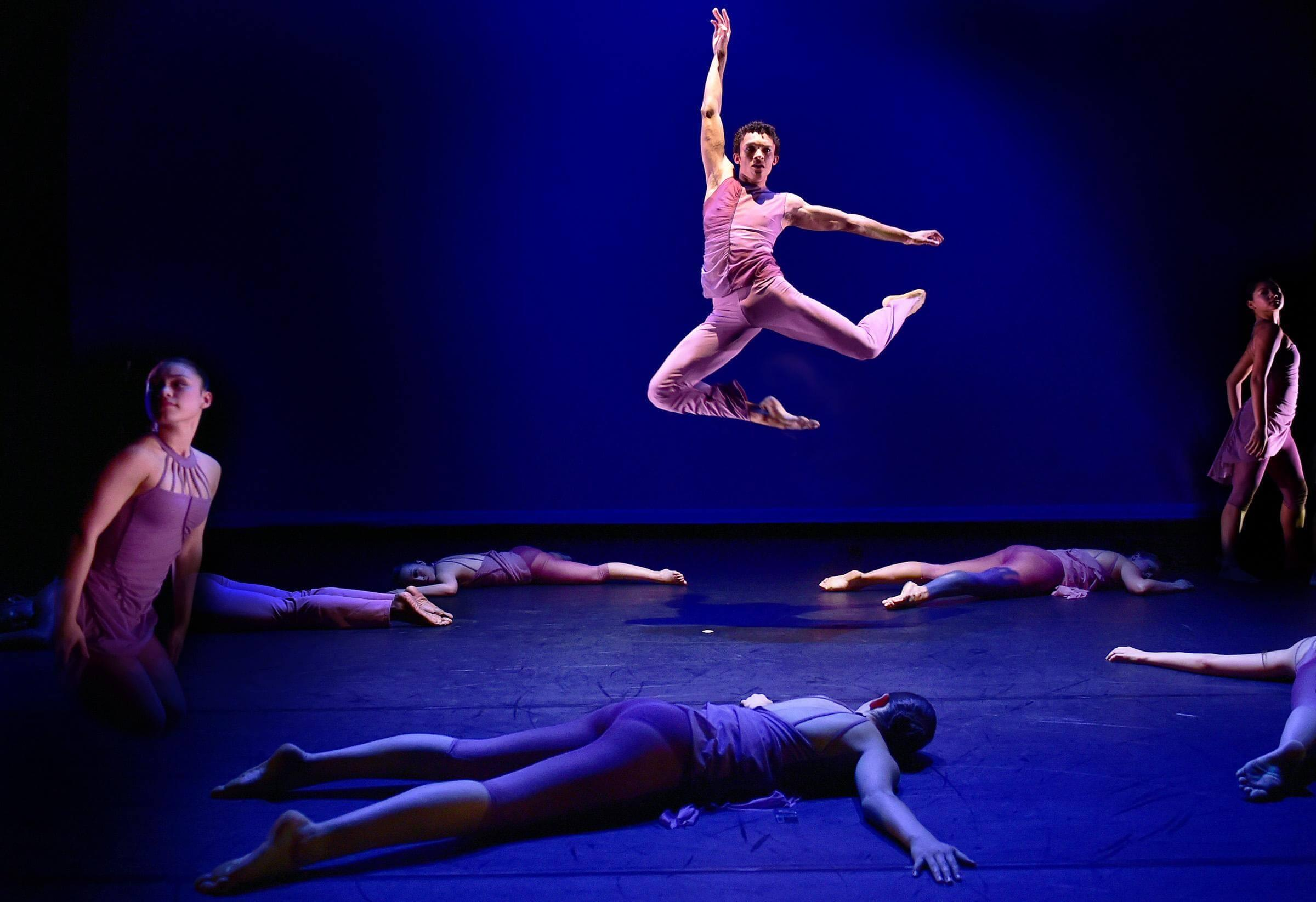 Students from the Ailey/Fordham BFA Program, photo by Eduardo Patino, NYC