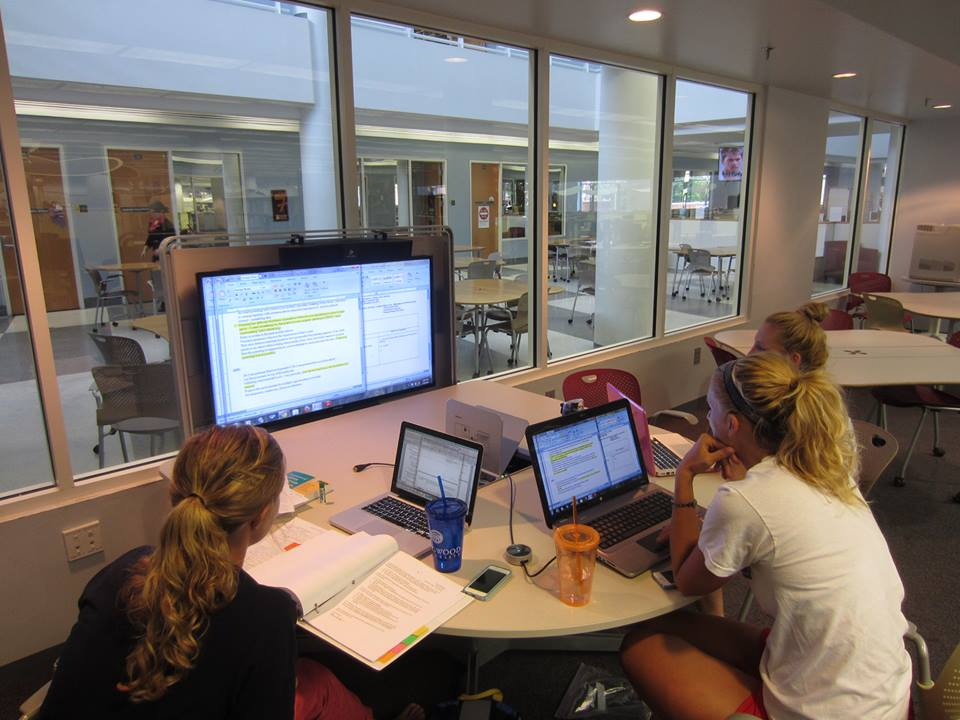 Students using the Mediascape