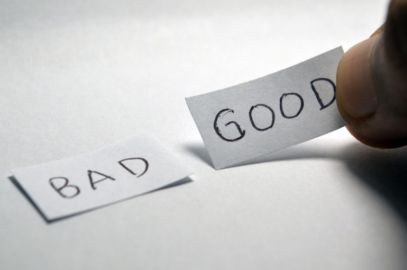 Image of labels saying good/ bad