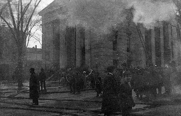 New Bedford city hall fire, 1906