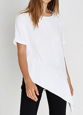 chic white tshirt
