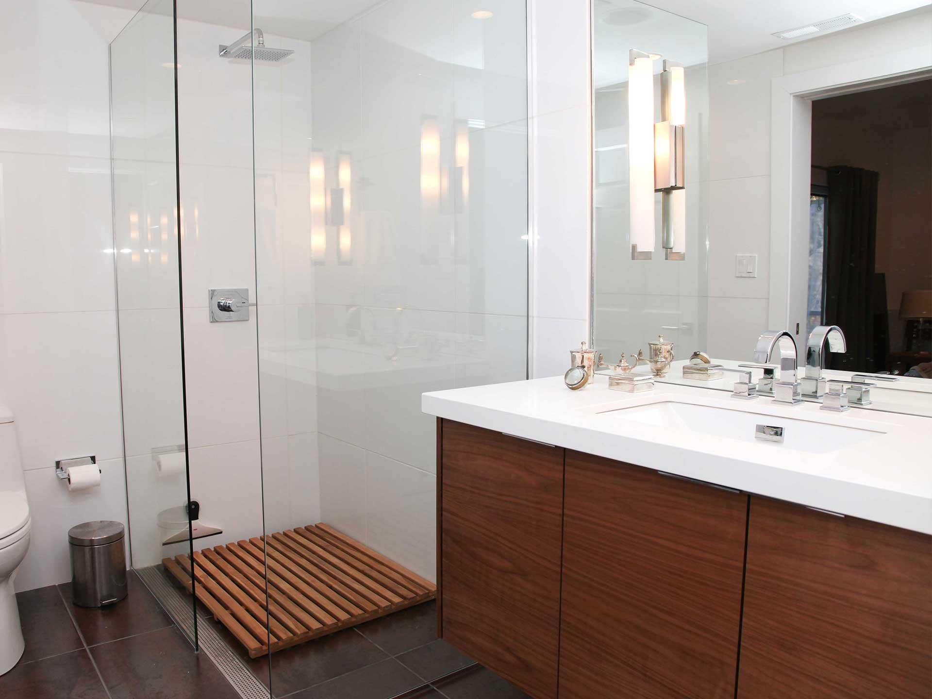 midwest-remodeling-bathroom-remodel-2