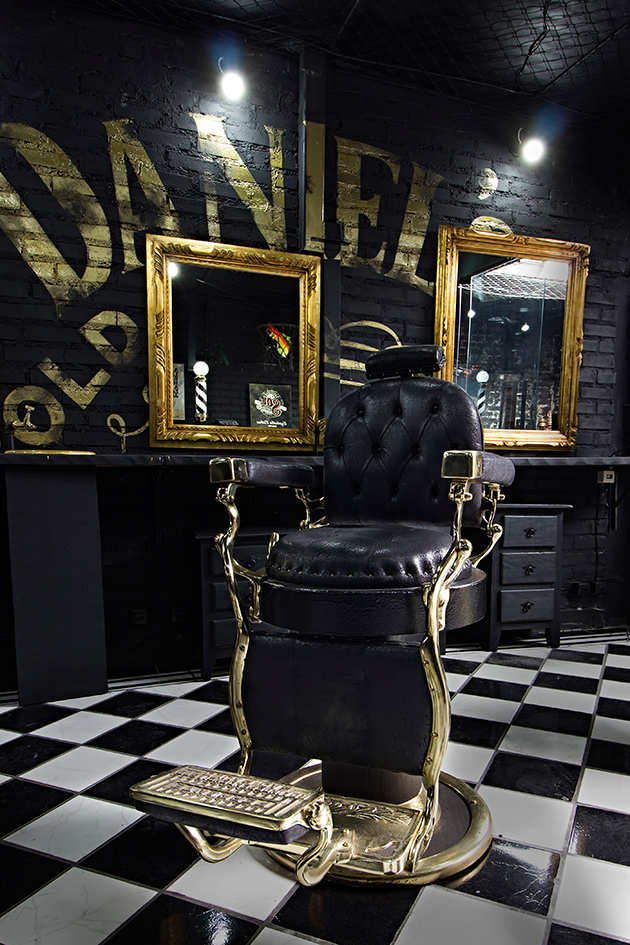 Novas barbearias descoladas na área!  Lilian Pacce -> Armario De Banheiro Tmc