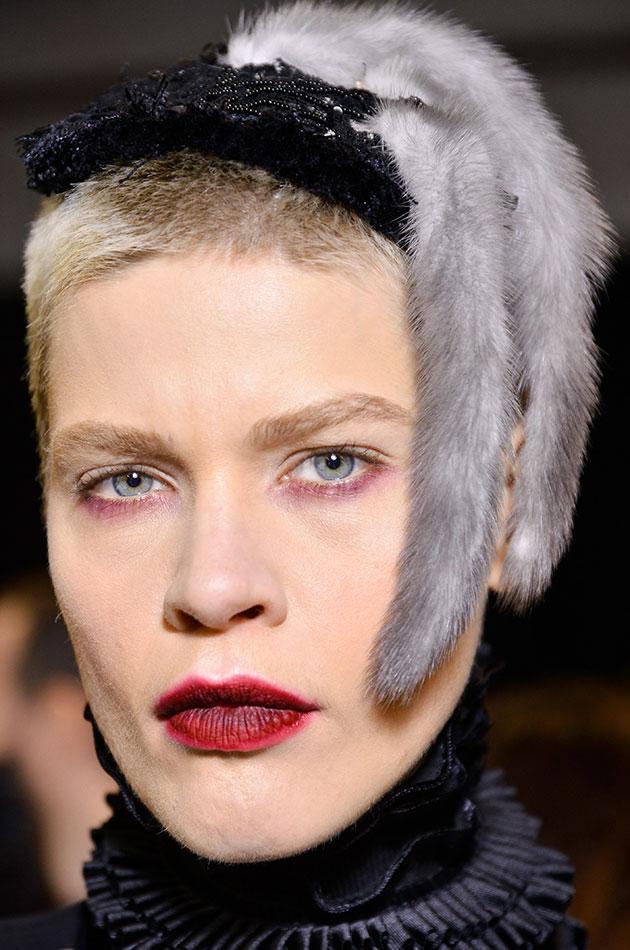 Bolsa Do Olho Vermelha : Olhos vermelhos s?o nova tend?ncia de make lilian pacce