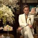 """Começando com os exageros que amamos! No filme """"O Grande Gatsby"""" o protagonista enche uma sala com flores pra tomar chá com sua amada. Babado, né? Clica na foto pra ver mais"""