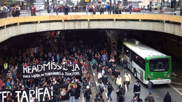 160217-masp-Graziela-Kunsch-Tunel-Av-Paulista