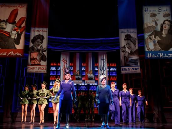 """Clica pra ver mais fotos do musical """"War Paint"""", em cartaz na Broadway!"""