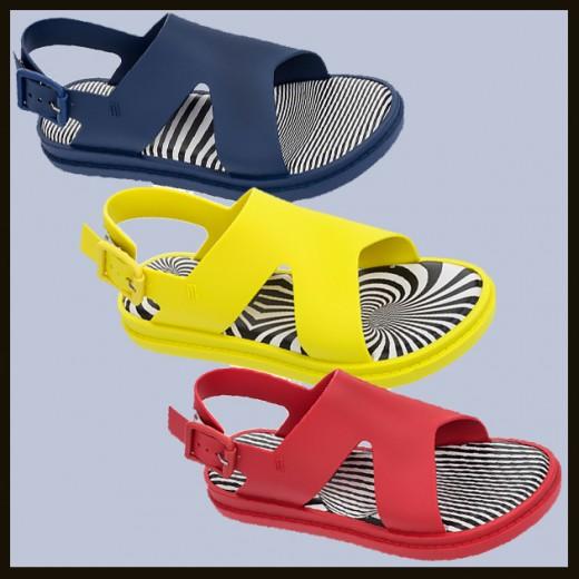 Que tal as novas sandálias da Melissa? É fruto de uma parceria com Alexandre Herchcovitch! Essa custa R$ 160