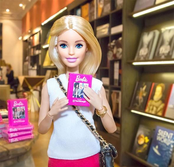 270617-livro-barbie-001