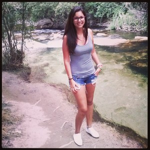 Alejandra martinez 9393339