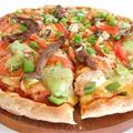 Avocado-and-chicken-pizza