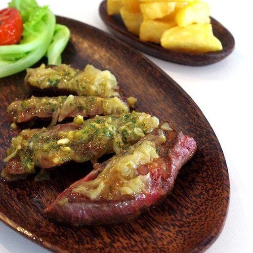 Vibe Restaurant food