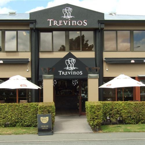 Trevinos Restaurant & Bar